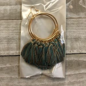 🖤 3 for $15 🖤 blue brown taupe tassel earrings
